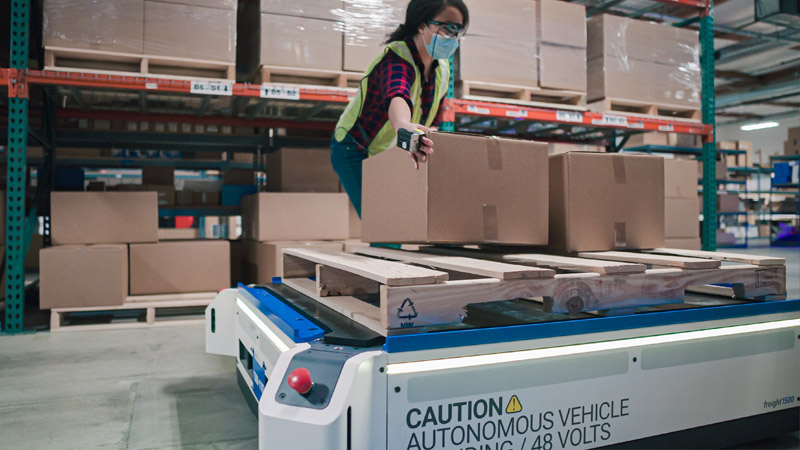 Fetch Robotics - TPVnews - Compra Zebra - Tai Editorial - España
